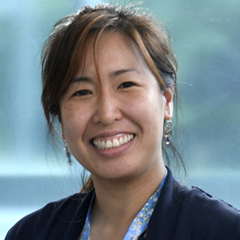 Dr. Lien Hoang received Mentoring Award, UBC Department of Pathology and Laboratory Medicine